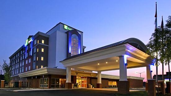 Holiday Inn Express Augusta Downtown, an Ihg Hotel