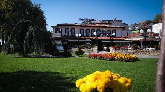 林尼多廣場別墅酒店