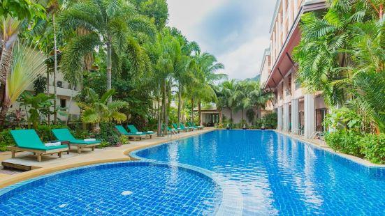 Thanthip Beach Resort(SHA Plus+)
