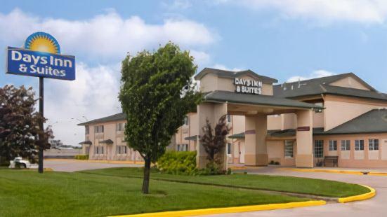 威奇託戴斯旅館及套房酒店