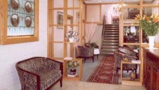 盧瓦爾城堡之家酒店