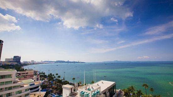 芭堤雅馬克蘭海灘景觀酒店