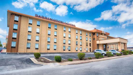 巴靈頓套房酒店