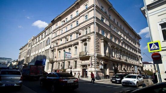 馬亞科維斯卡雅卡瓦爾特酒店