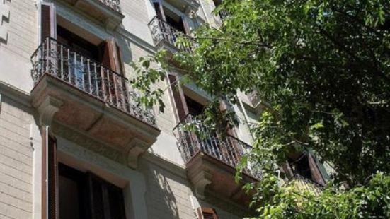 巴塞隆拿瓦爾公寓