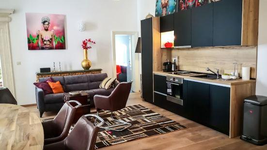 杜布若維尼克豪華公寓酒店