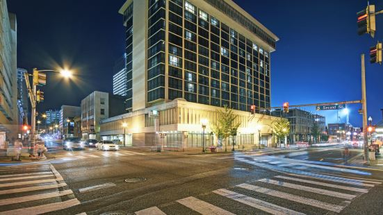 Holiday Inn Downtown Memphis, an IHG Hotel