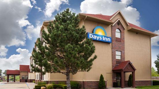 戴斯堪薩斯城汽車旅館