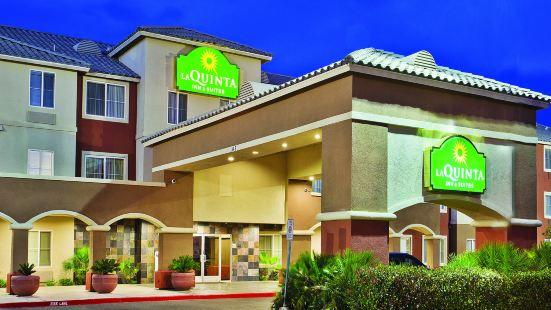 拉斯維加斯紅石/薩默拉昆塔套房酒店