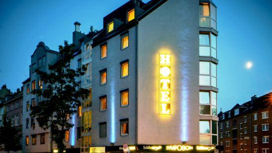 斯彼赫爾廣場酒店