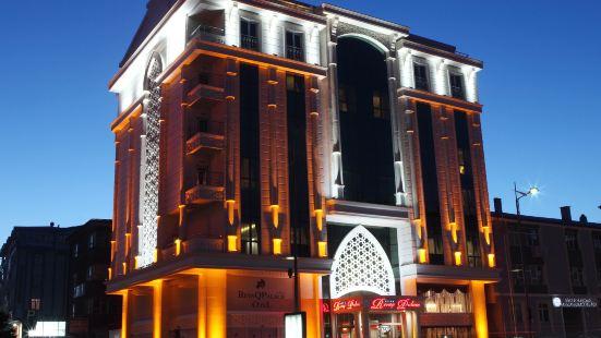 拉法基皇宮酒店