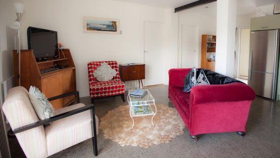 Longitude Apartments Raglan