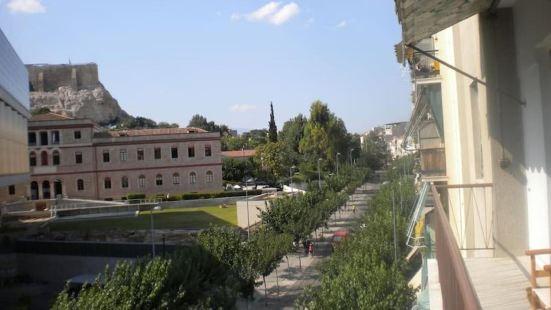 雅典衞城普拉卡宜人公寓