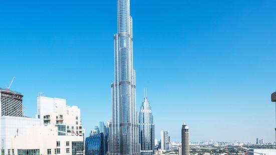 Dream Inn Dubai – 29 Boulevard with Private Terrace