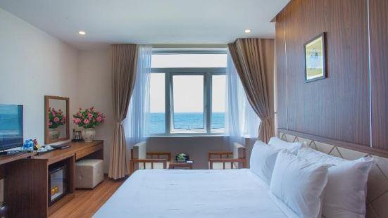 De Lamour Beach Hotel