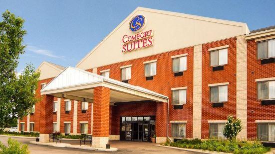 南菲爾德康福特套房酒店