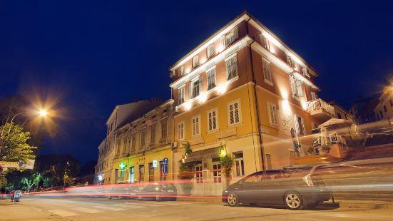 斯卡勒塔酒店