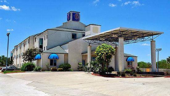 Motel 6-San Antonio, TX - Downtown - Alamo Dome