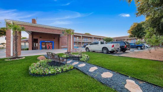 Motel 6-Plano, TX - Plano Northeast