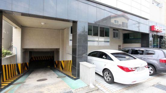 Happyhotel Jeju