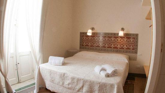 特拉帕尼格蘭維裏羅家庭旅館