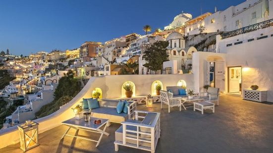 Athina Luxury Suites