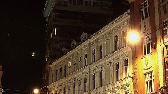 赫茨豪華酒店