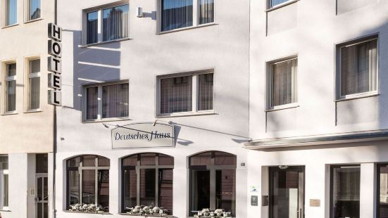 加尼德式住宅酒店