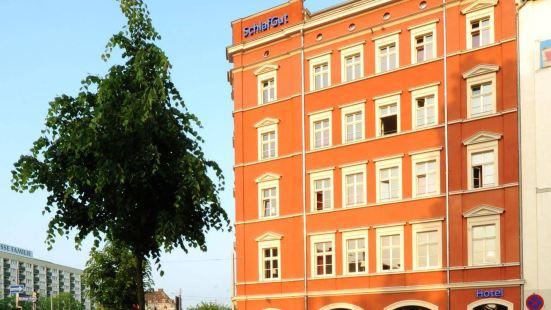 施拉加特公寓酒店