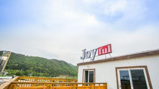 Gangneung Jeongdongjin Joyful Pension