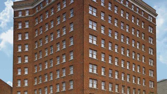 傑弗遜克林頓套房酒店