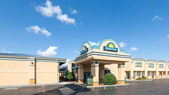 戴斯酒店 - 俄克拉荷馬城展覽中心汽車旅館