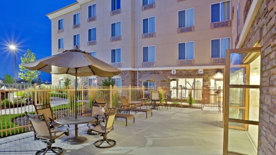 Holiday Inn Express Hotel & Suites Ontario, an IHG Hotel