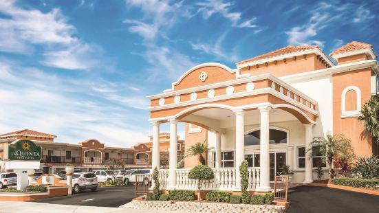 La Quinta by Wyndham Oceanfront Daytona Beach