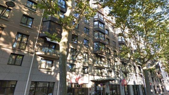 里昂華威雷奧斯特公寓式酒店