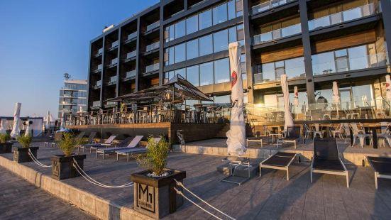 M1俱樂部酒店