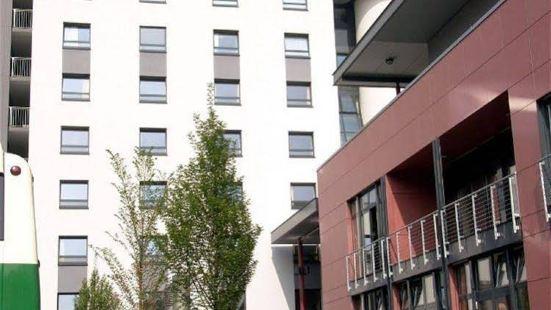 科隆道依茨青年旅館