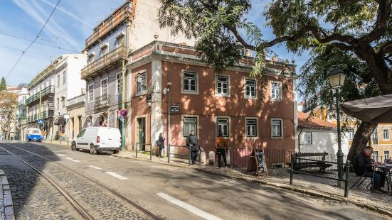 Alfama Tale Four-Bedroom Apartment w/ River View - by LU Holidays
