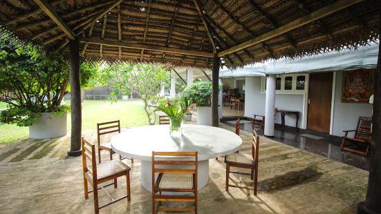 加勒比之門度假村及咖啡廳