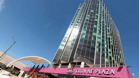 底特律市中心河畔皇冠假日酒店