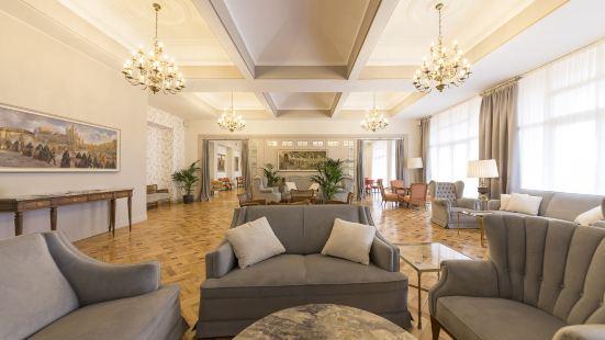 塞哥維亞皇家酒店