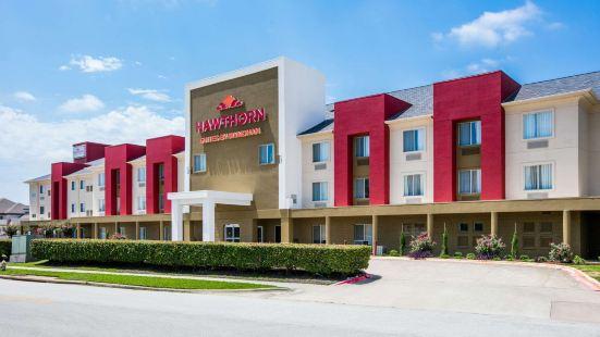 Hawthorn Suites by Wyndham DFW Airport North