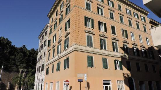 古羅馬套房旅館