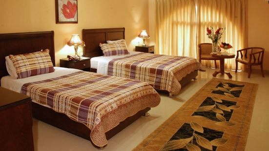 加達尼酒店