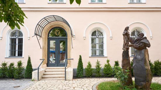 布達佩斯修道院精品酒店