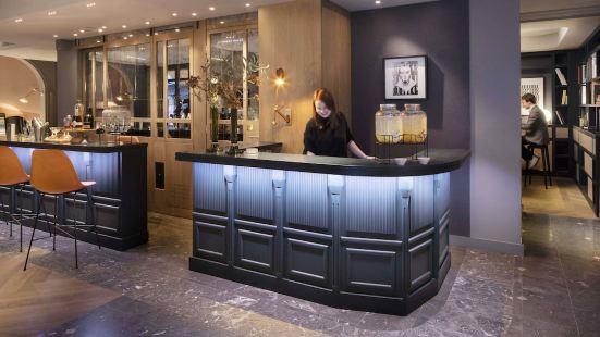 巴黎芙拉尼萊斯酒店