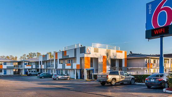Motel 6-Austin, TX - South - Airport