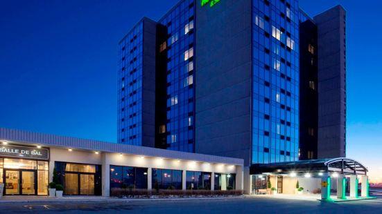 潘特 - 克萊爾蒙特利爾機場假日酒店及套房