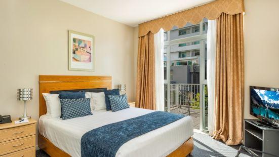 漢密爾頓市中心温德姆華美達酒店