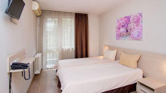 馬德里家庭酒店